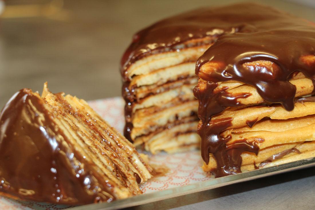 gâteau de pancakes au chocolat