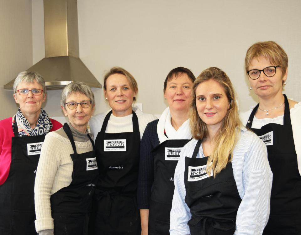 Unis autour d'un atelier culinaire 100% Terres de Breizh !
